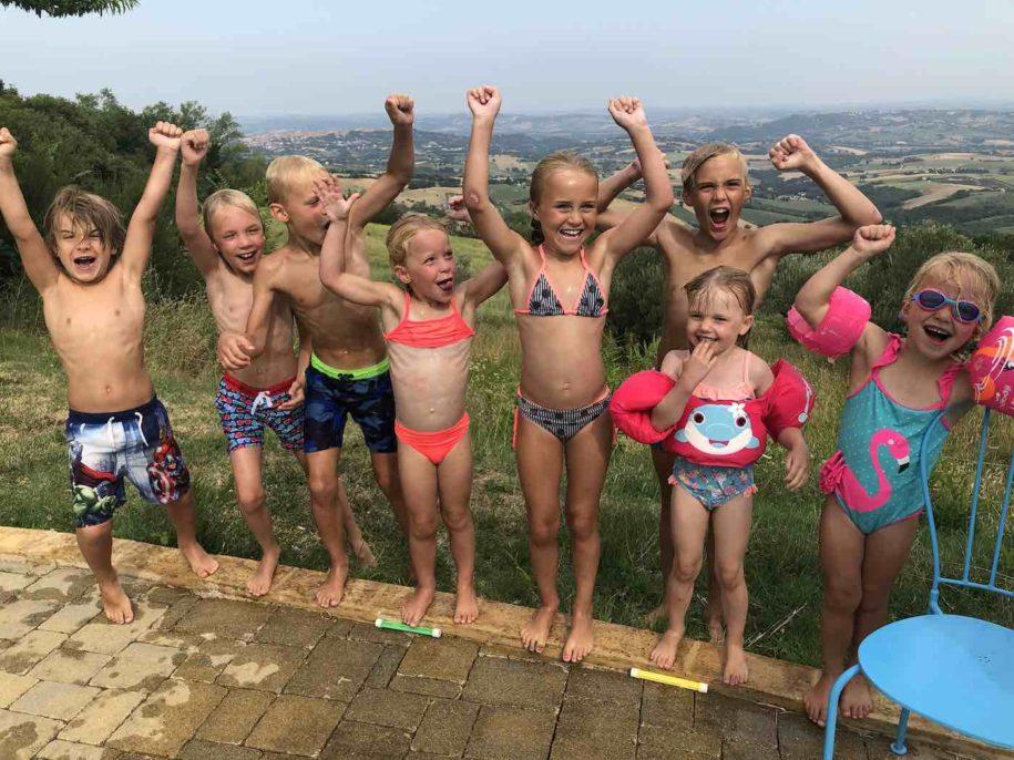 case-leonori-kinderen-zwembad-1400x1050